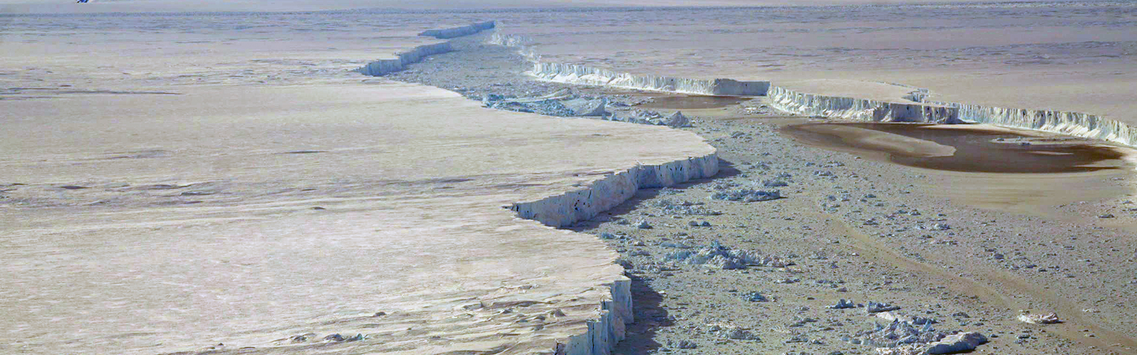 slide 1 - NASA spots massive Antarctic iceberg